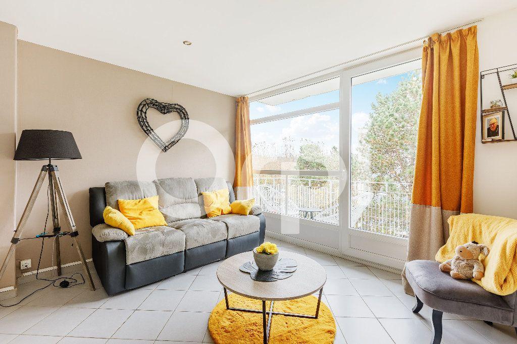 Appartement à vendre 5 68m2 à Boulogne-sur-Mer vignette-2