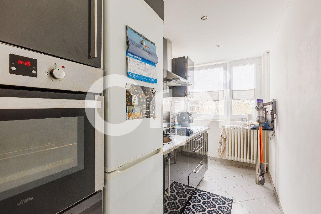 Appartement à vendre 5 68m2 à Boulogne-sur-Mer vignette-4
