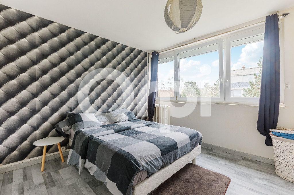 Appartement à vendre 5 68m2 à Boulogne-sur-Mer vignette-6
