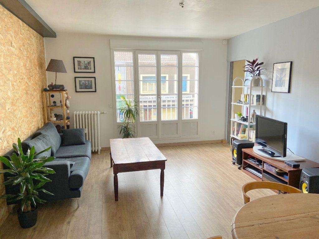 Appartement à louer 4 75m2 à Boulogne-sur-Mer vignette-1