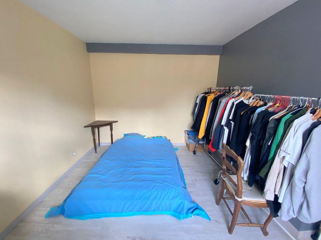 Appartement à louer 4 75m2 à Boulogne-sur-Mer vignette-4