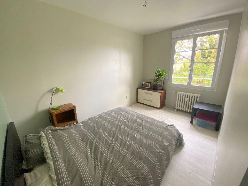 Appartement à louer 4 75m2 à Boulogne-sur-Mer vignette-5