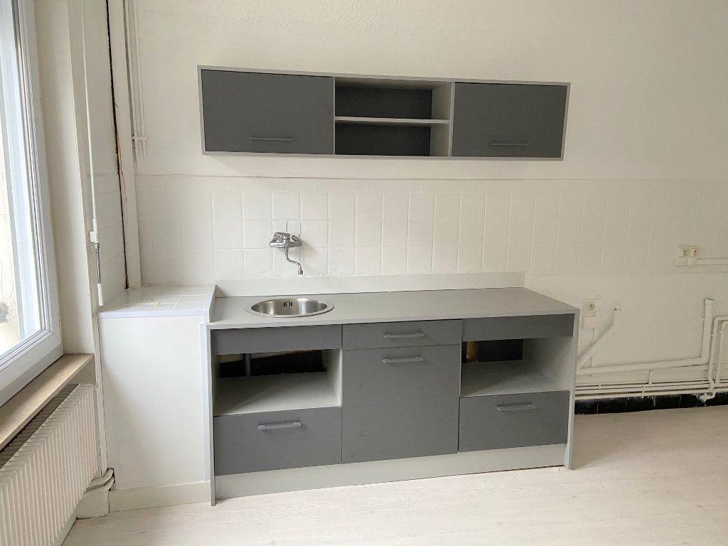 Appartement à louer 4 90m2 à Boulogne-sur-Mer vignette-3