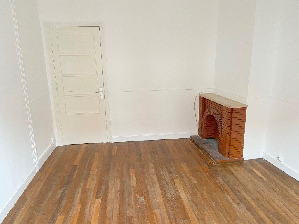 Appartement à louer 4 90m2 à Boulogne-sur-Mer vignette-4