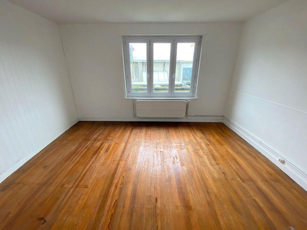 Appartement à louer 4 90m2 à Boulogne-sur-Mer vignette-6