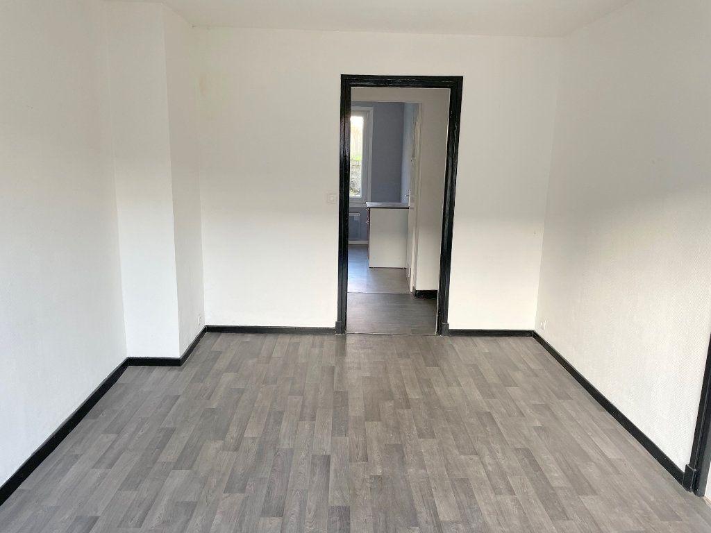 Appartement à louer 2 48m2 à Boulogne-sur-Mer vignette-2