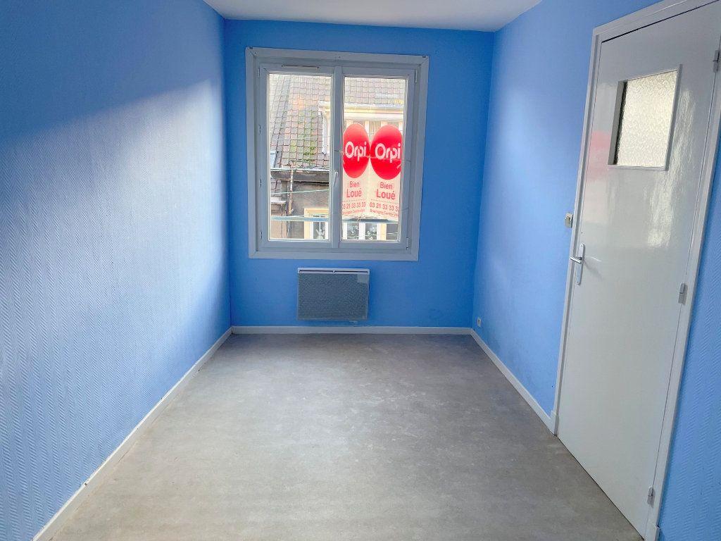 Appartement à louer 2 48m2 à Boulogne-sur-Mer vignette-4