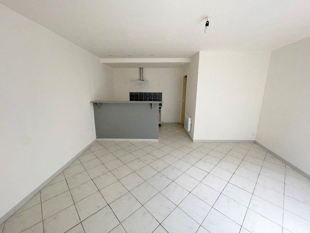 Appartement à louer 2 40m2 à Boulogne-sur-Mer vignette-1