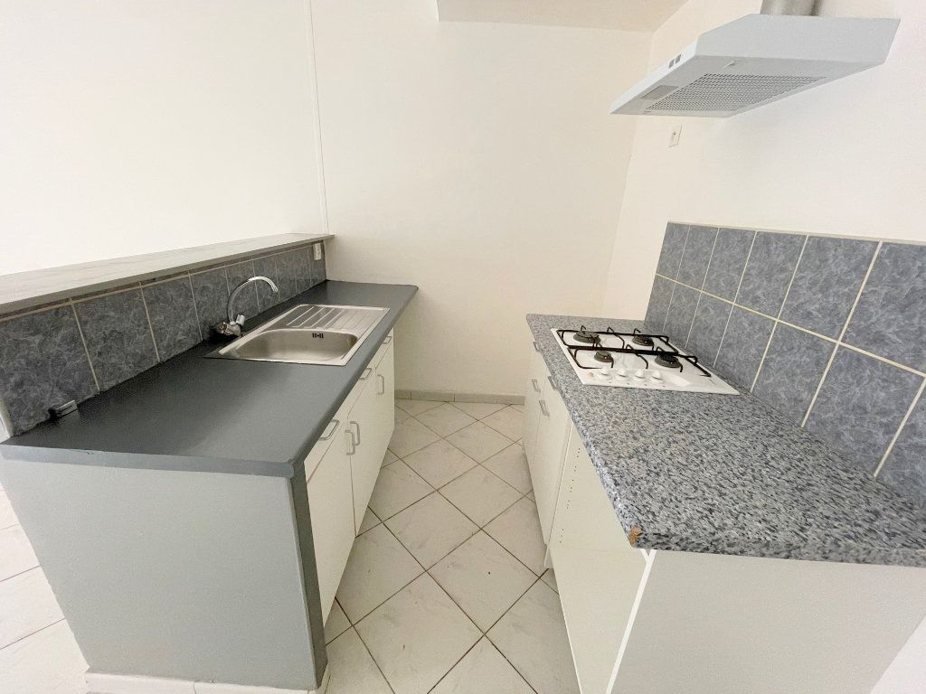 Appartement à louer 2 40m2 à Boulogne-sur-Mer vignette-3