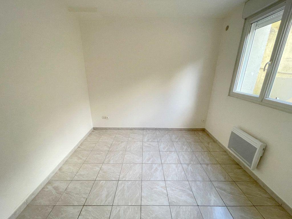 Appartement à louer 2 40m2 à Boulogne-sur-Mer vignette-4