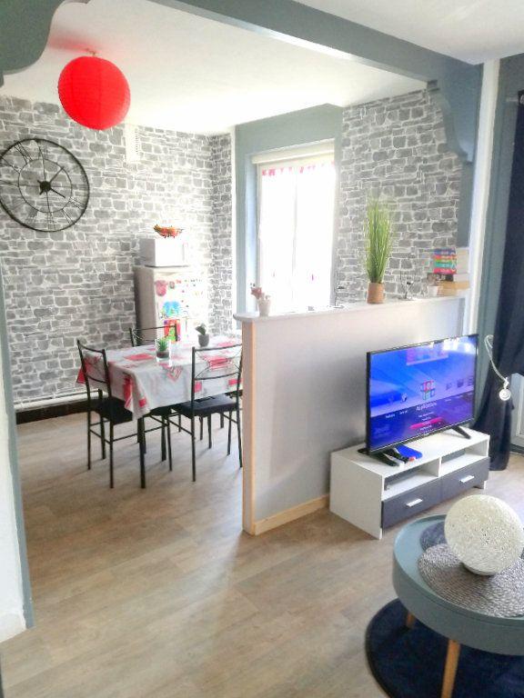Immeuble à vendre 0 310m2 à Boulogne-sur-Mer vignette-2