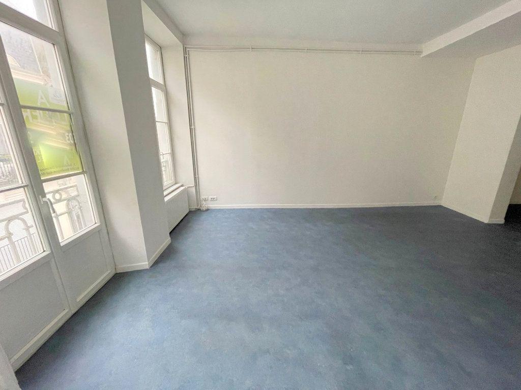 Appartement à louer 4 88m2 à Boulogne-sur-Mer vignette-2