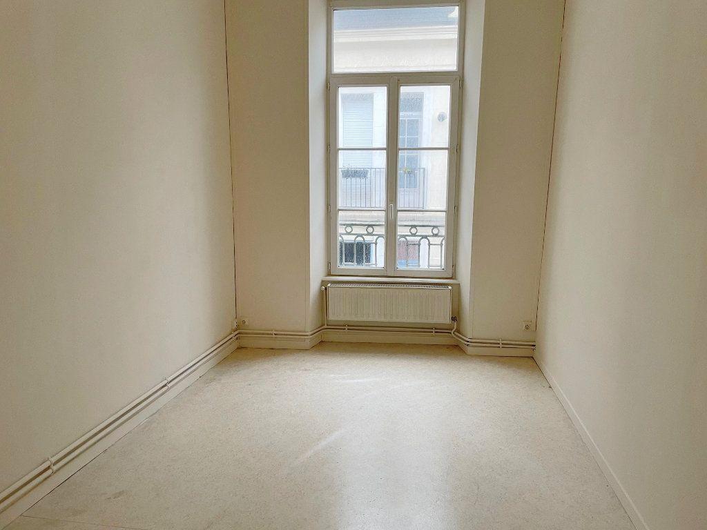 Appartement à louer 4 88m2 à Boulogne-sur-Mer vignette-5