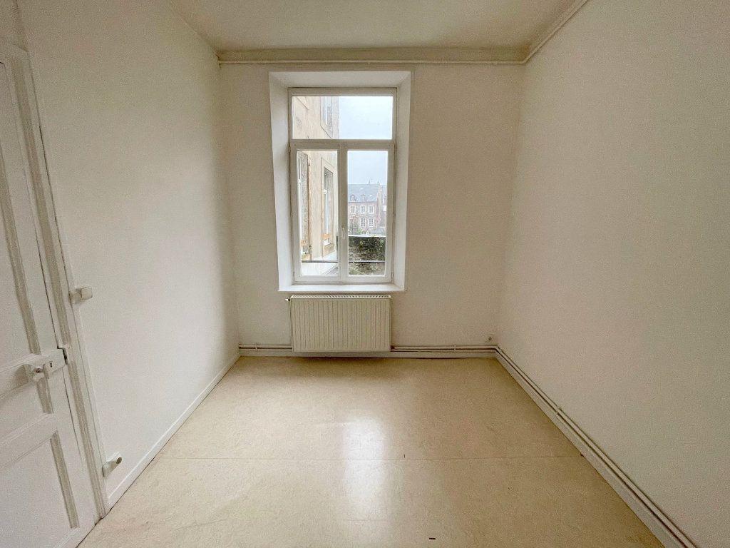 Appartement à louer 4 88m2 à Boulogne-sur-Mer vignette-6
