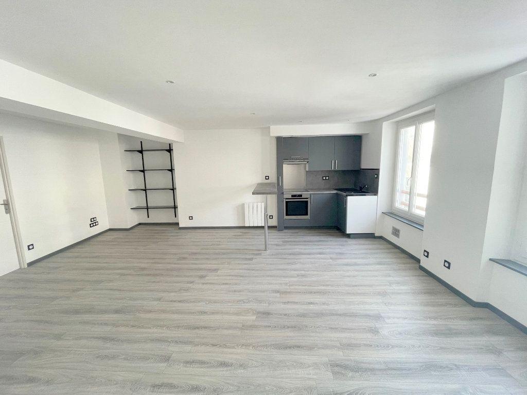 Appartement à louer 3 56m2 à Boulogne-sur-Mer vignette-1