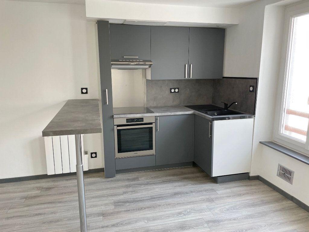 Appartement à louer 3 56m2 à Boulogne-sur-Mer vignette-4