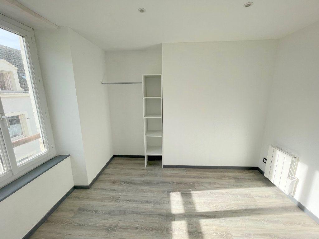 Appartement à louer 3 56m2 à Boulogne-sur-Mer vignette-6