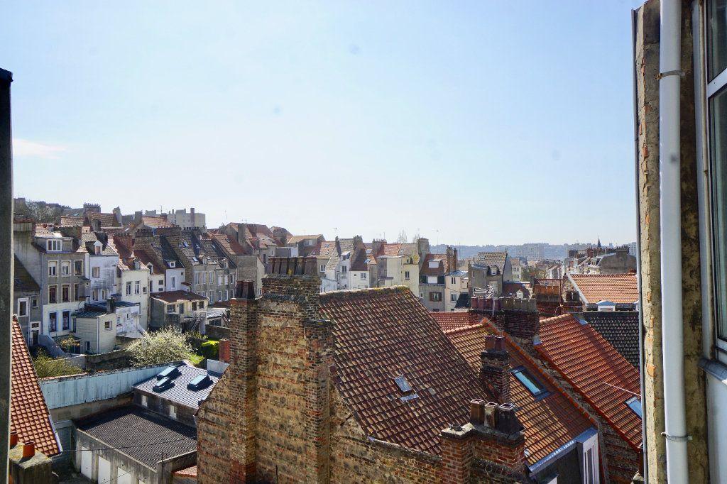 Appartement à vendre 4 116m2 à Boulogne-sur-Mer vignette-10