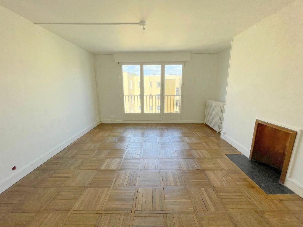 Appartement à louer 4 80m2 à Boulogne-sur-Mer vignette-2