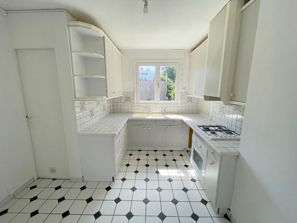 Appartement à louer 4 80m2 à Boulogne-sur-Mer vignette-3