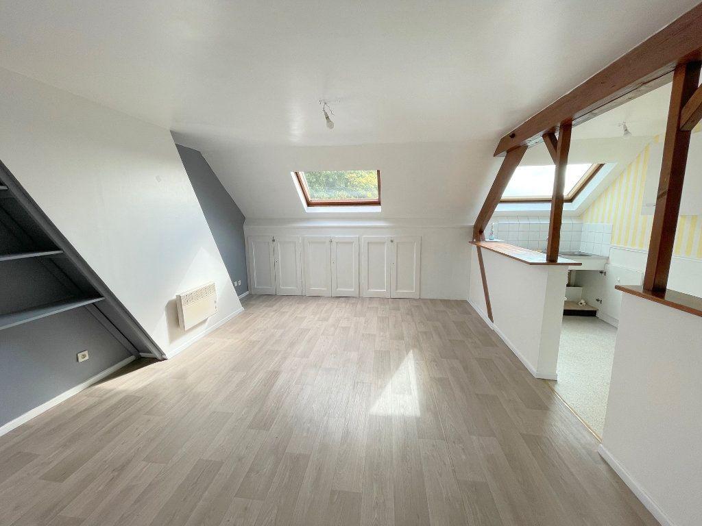 Appartement à louer 3 48m2 à Boulogne-sur-Mer vignette-1