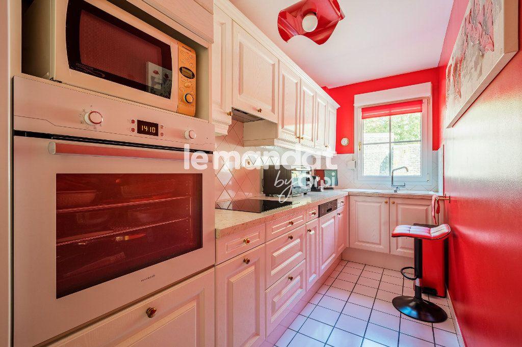 Appartement à vendre 3 62m2 à Boulogne-sur-Mer vignette-3