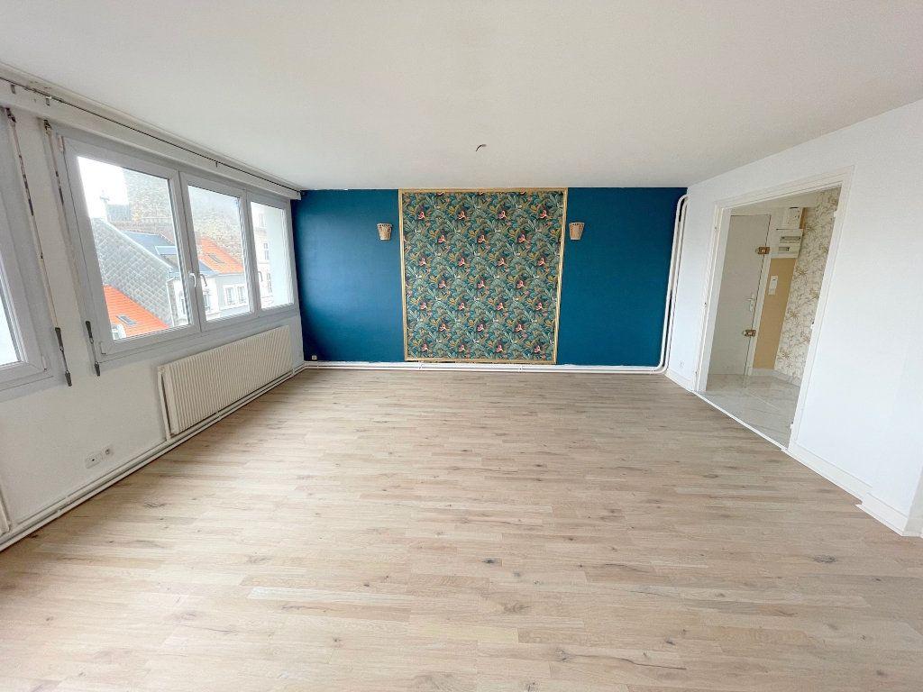 Appartement à louer 5 105m2 à Boulogne-sur-Mer vignette-2