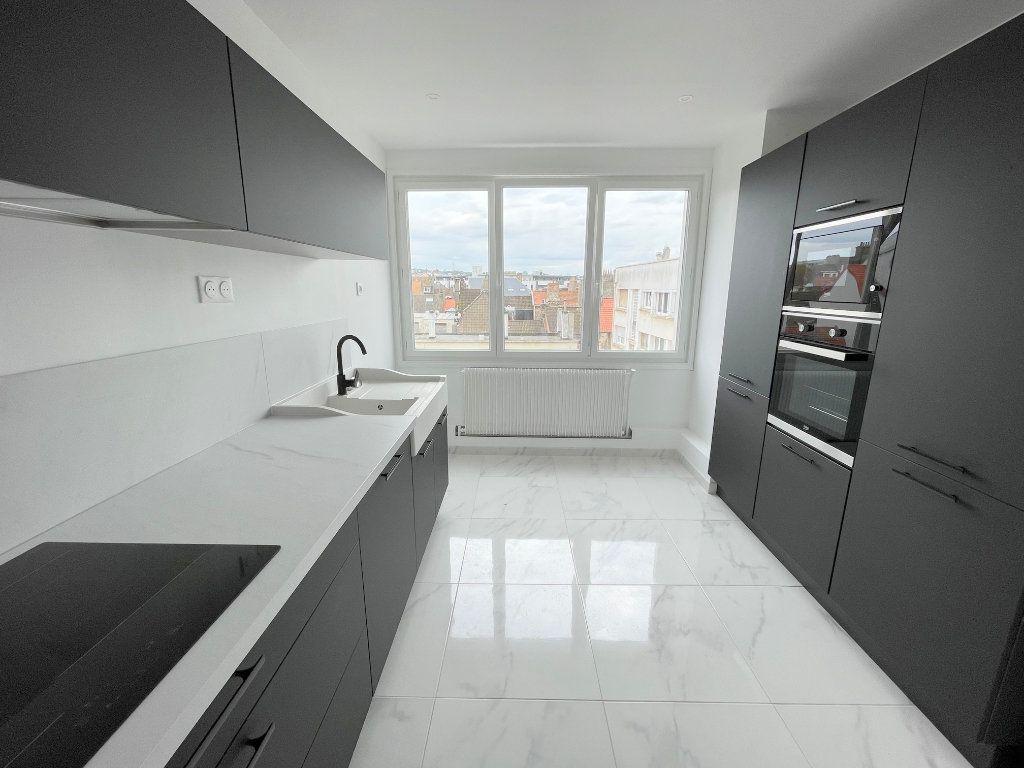 Appartement à louer 5 105m2 à Boulogne-sur-Mer vignette-3
