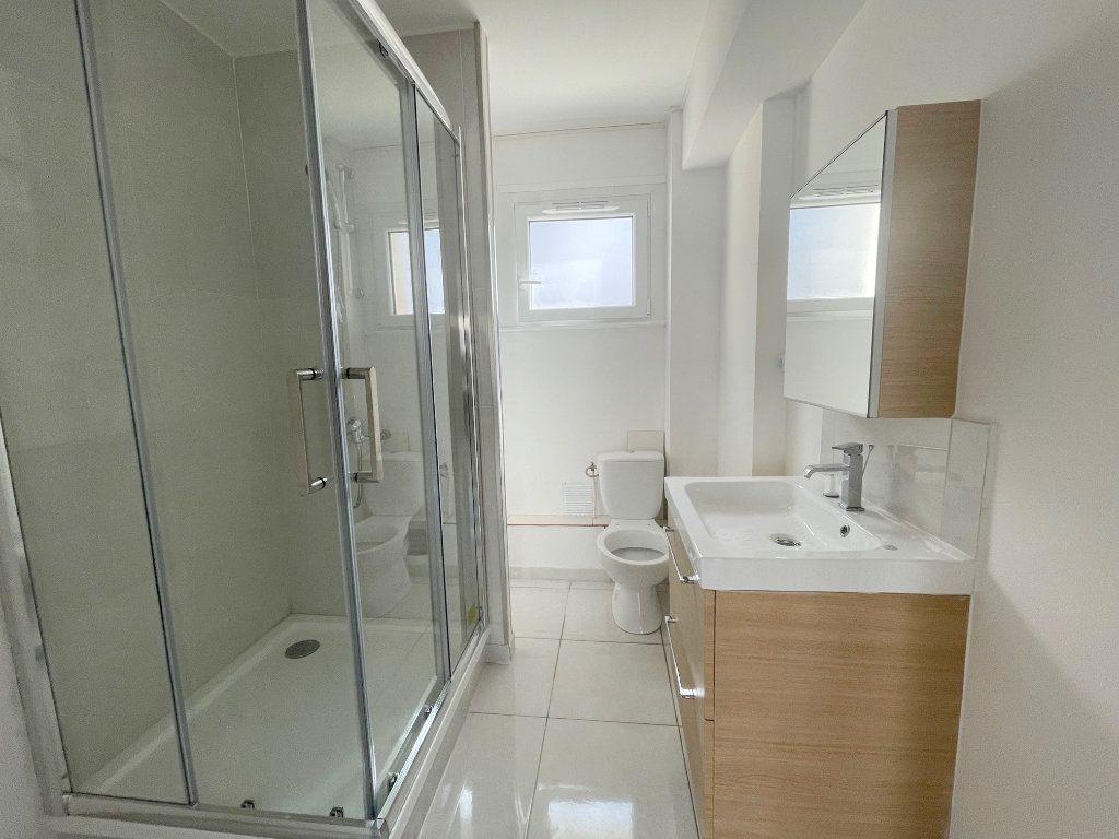 Appartement à louer 2 39m2 à Boulogne-sur-Mer vignette-4