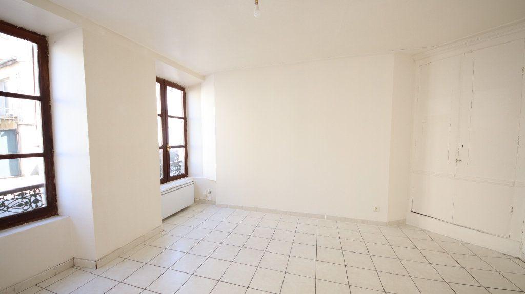 Appartement à louer 2 30.15m2 à Château-Thierry vignette-4
