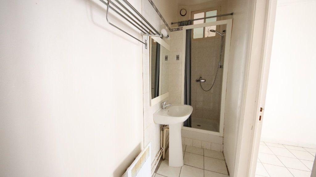 Appartement à louer 2 30.15m2 à Château-Thierry vignette-6