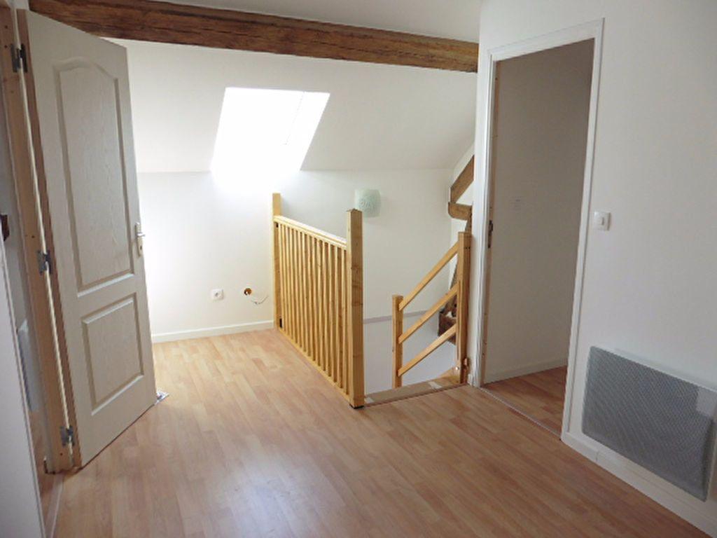 Maison à louer 3 114.46m2 à Connigis vignette-7