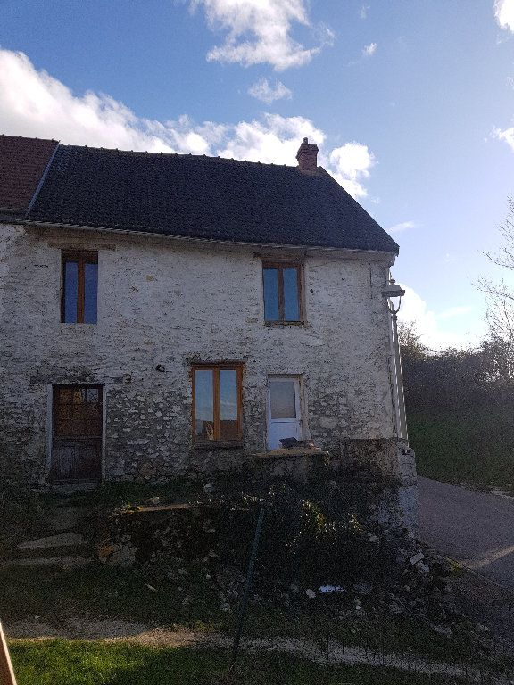 Maison à vendre 4 110m2 à Neuilly-Saint-Front vignette-1