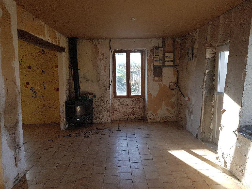 Maison à vendre 4 110m2 à Neuilly-Saint-Front vignette-2