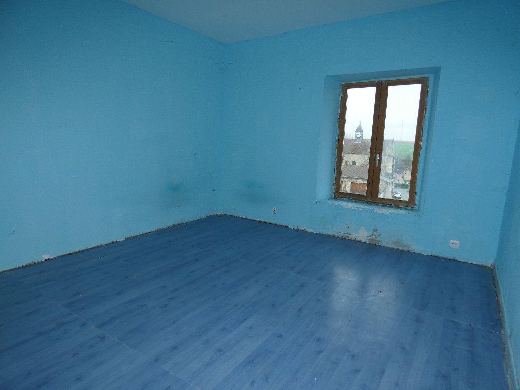 Maison à vendre 4 110m2 à Neuilly-Saint-Front vignette-7