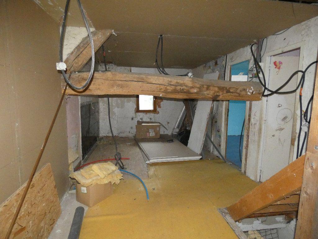 Maison à vendre 4 110m2 à Neuilly-Saint-Front vignette-8