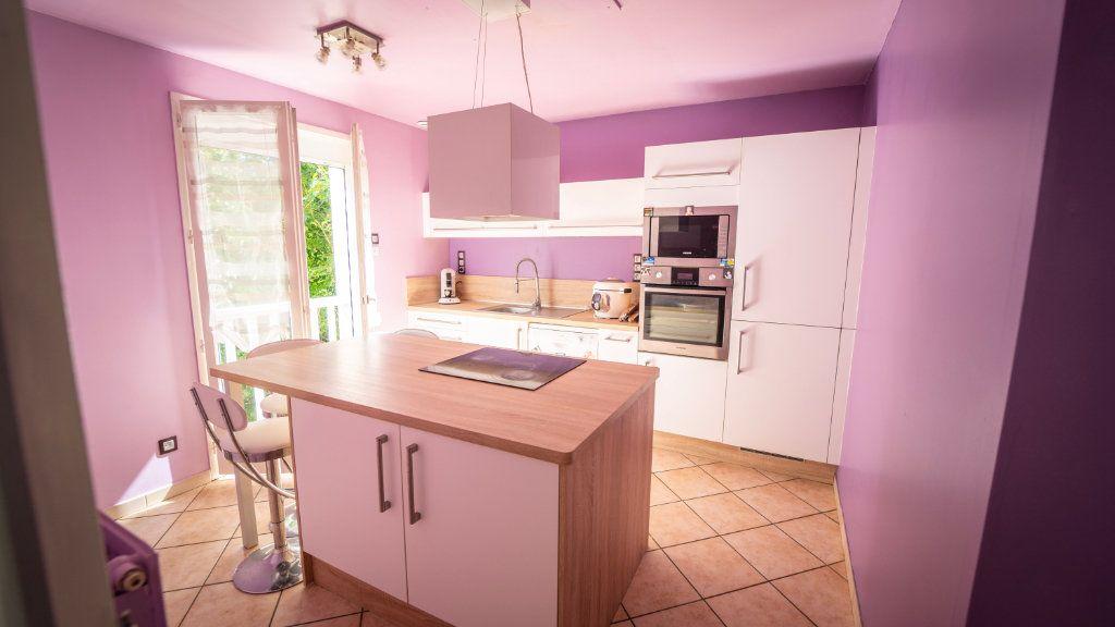 Maison à vendre 6 148.5m2 à Crouttes-sur-Marne vignette-4
