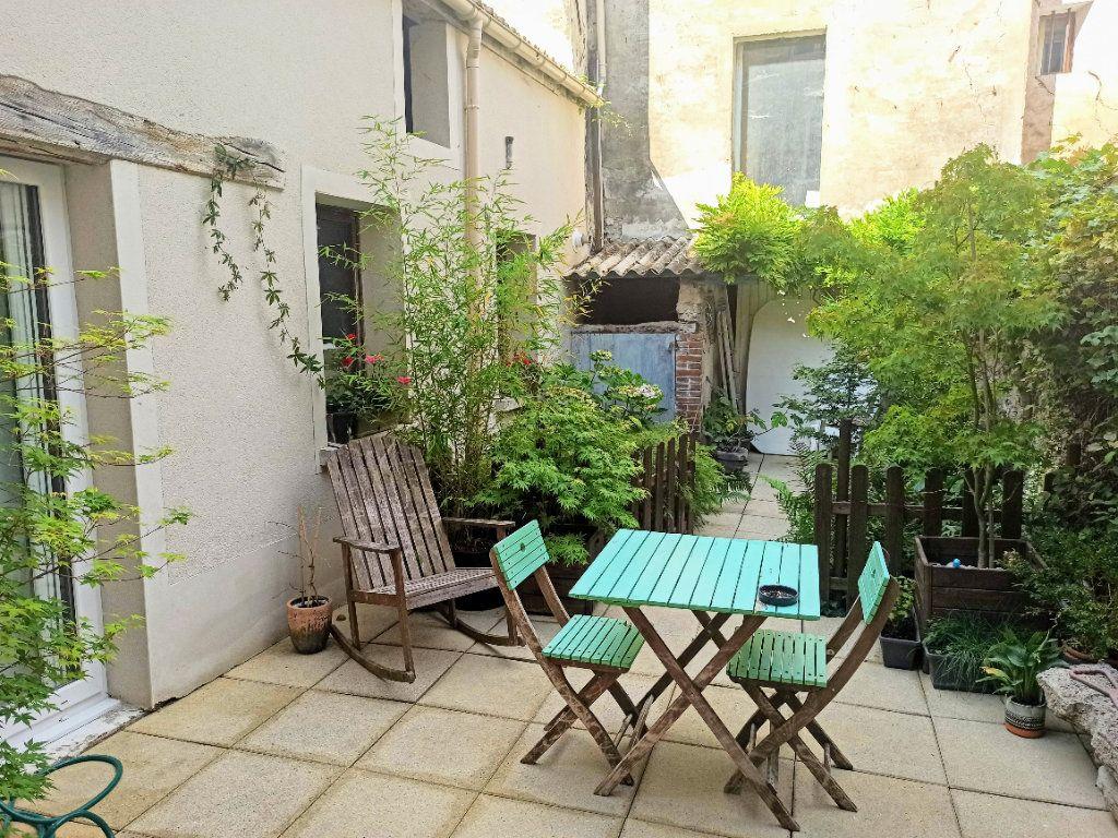 Maison à vendre 6 120m2 à Charly-sur-Marne vignette-2