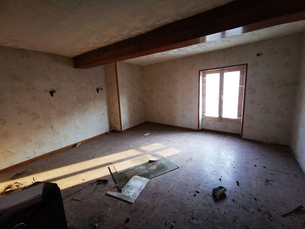 Maison à vendre 4 170m2 à Mézy-Moulins vignette-11