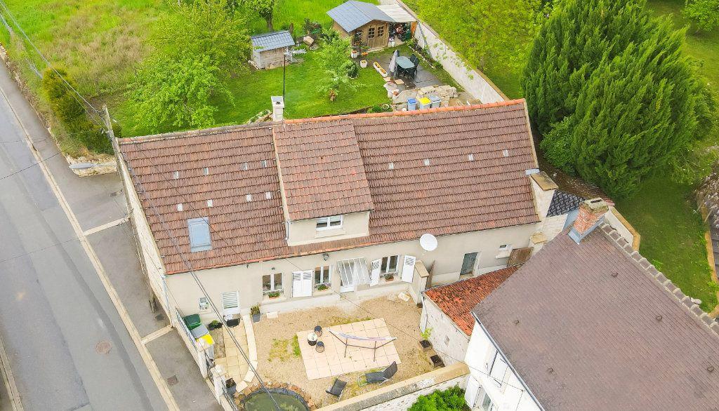 Maison à vendre 6 187m2 à Chézy-en-Orxois vignette-1