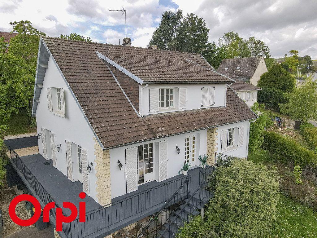 Maison à vendre 7 175m2 à Château-Thierry vignette-1