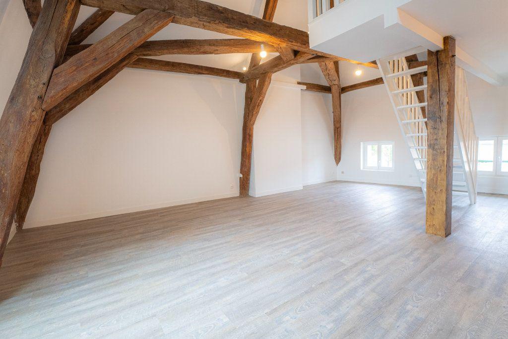 Appartement à louer 2 73m2 à Nogent-l'Artaud vignette-1