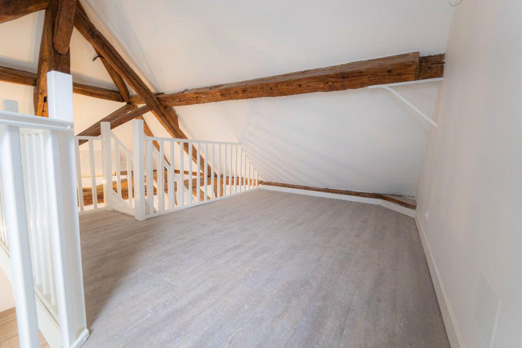 Appartement à louer 2 73m2 à Nogent-l'Artaud vignette-6