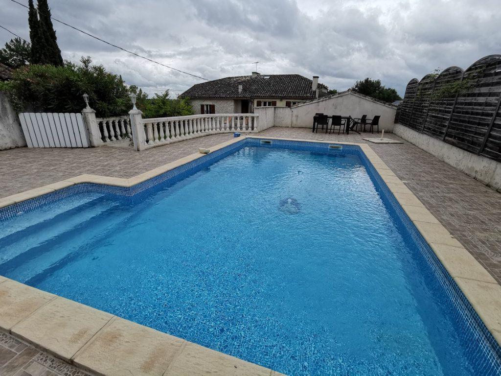 Maison à vendre 8 175m2 à Valprionde vignette-1