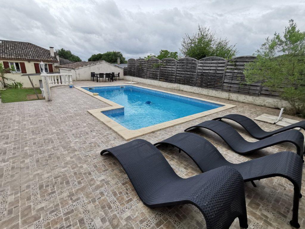 Maison à vendre 8 175m2 à Valprionde vignette-2