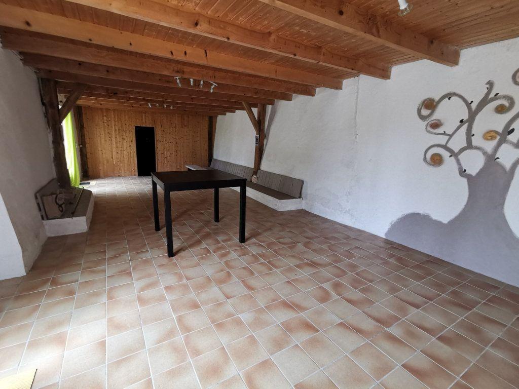Maison à vendre 8 175m2 à Valprionde vignette-4