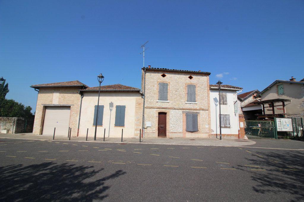 Maison à vendre 6 202.5m2 à Caussade vignette-18