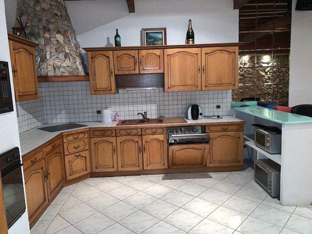 Appartement à vendre 5 208m2 à Montauban vignette-2