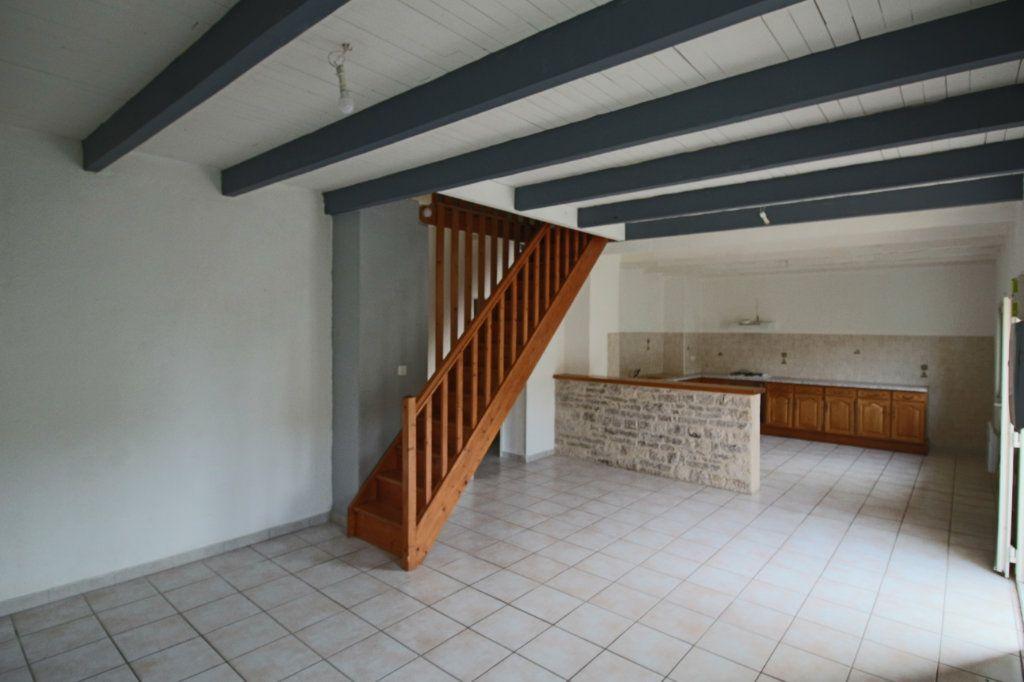 Maison à vendre 4 105m2 à Mirabel vignette-1