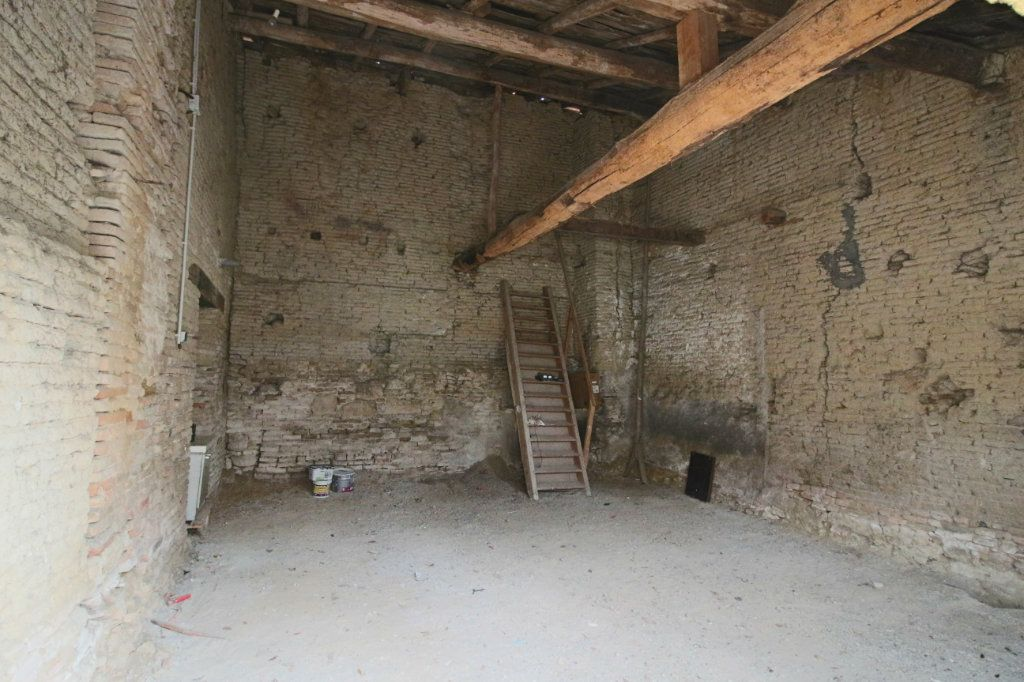 Maison à vendre 4 105m2 à Mirabel vignette-4